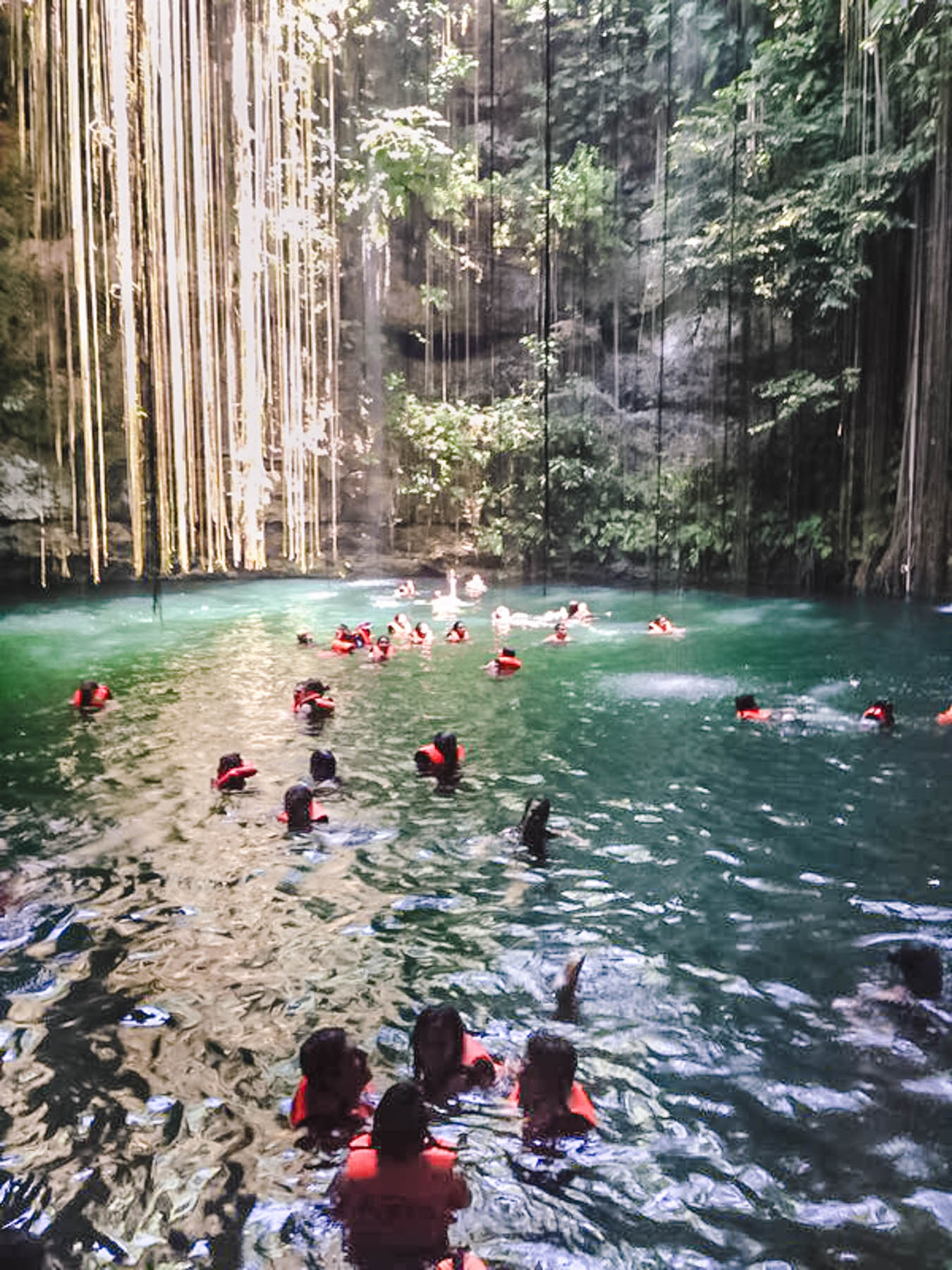 Ik Kil cenote vicino a Chichén Itzá
