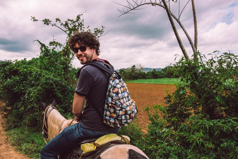 escursione a cavallo nella Valle di Viñales