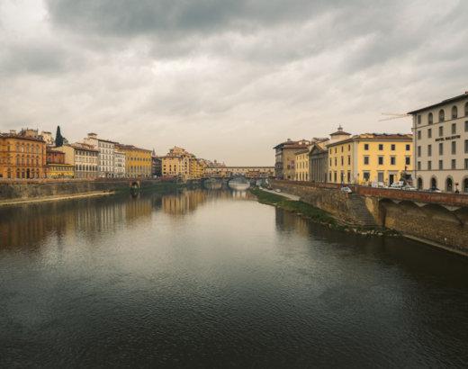 Itinerario nell'artigianato di una Firenze antica, avvolta fra sete e profumi