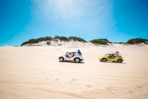 Andare sulle coste del Brasile per una pazza escursione in dune buggy