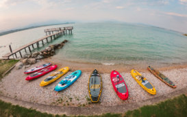 Prenditi cura di te stesso con un'esperienza di Yoga e SUP al Lago di Garda