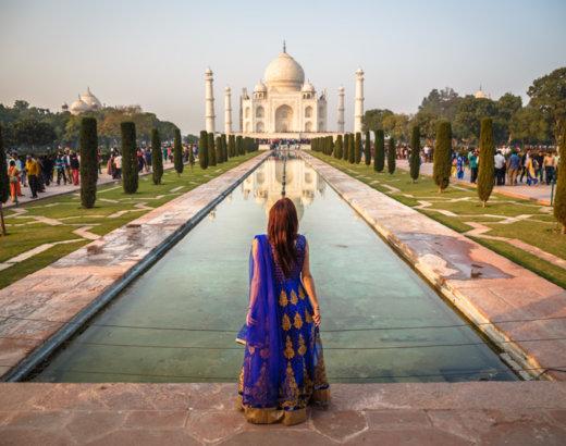 Visita al Taj Mahal, dove la pietra incontra l'amore sulle rive di un fiume sacro