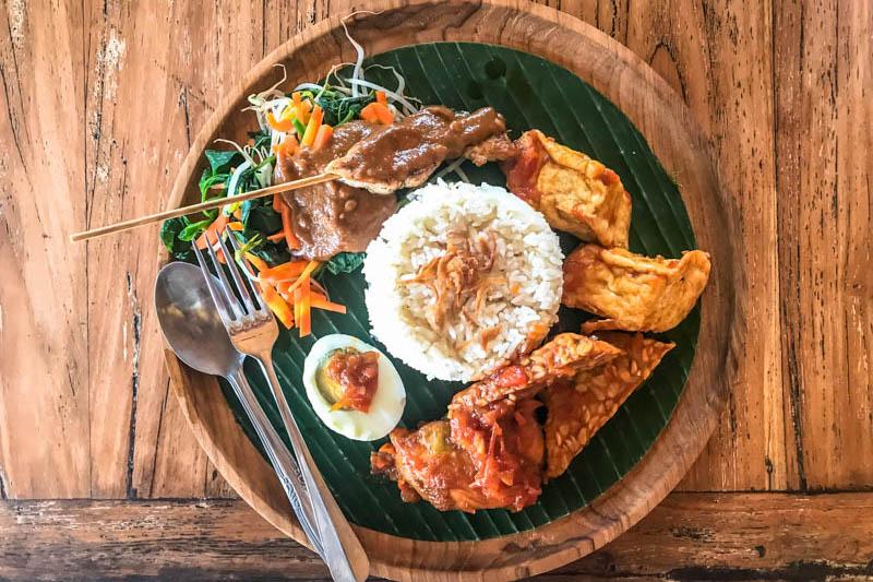dove mangiare a uluwatu bali