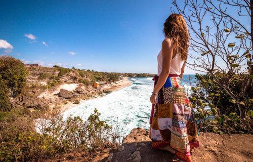 Le spiagge più belle di Uluwatu a Bali, tra natura e surfisti