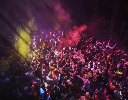 Holi a Vrindavan, tutto quello che le foto non dicono sulla festa dei colori in India